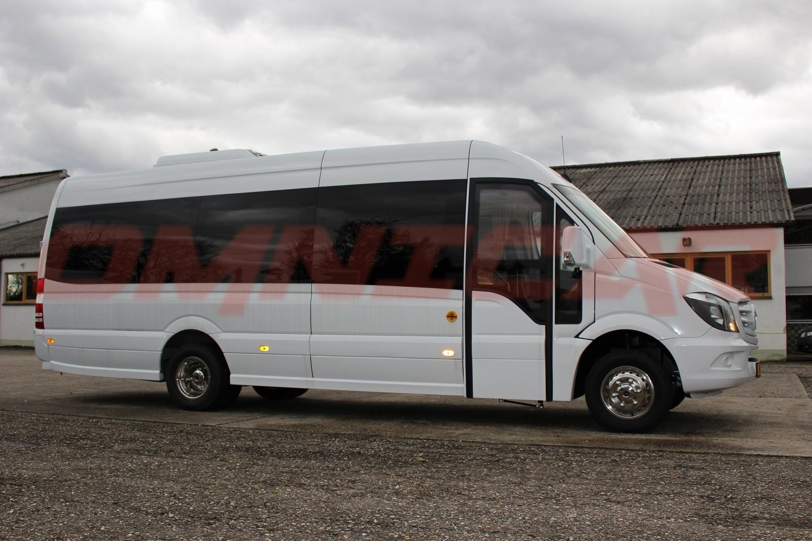 minibus mercedes sprinter tourisme 24 places omnicargmbh. Black Bedroom Furniture Sets. Home Design Ideas