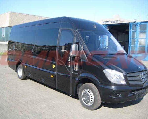 Kleinbus Mercedes Sprinter 24 sitze Tourismus - Omnicar GmbH