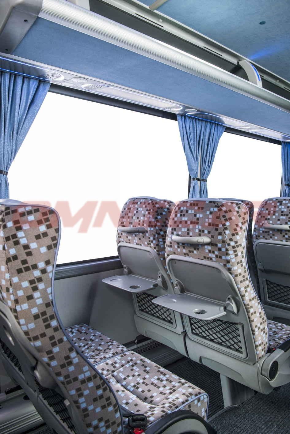 isuzu bus novo ultra midibus 29 1 pl tze von omnicar deutschland kleinbus 25 sitze. Black Bedroom Furniture Sets. Home Design Ideas