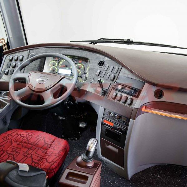 Isuzu Visigo Interurban - 39 Sitzplätze + 10 Stehplätze Von Isuzu Bus - Omnicar GmbH