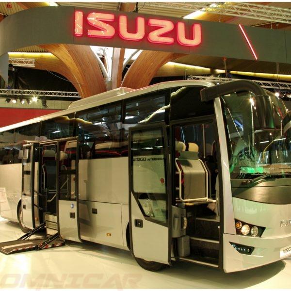 Isuzu Visigo Überland - Lift - behinderten 39 Sitzplätze + 10 Stehplätze Von Isuzu Bus - Omnicar GmbH