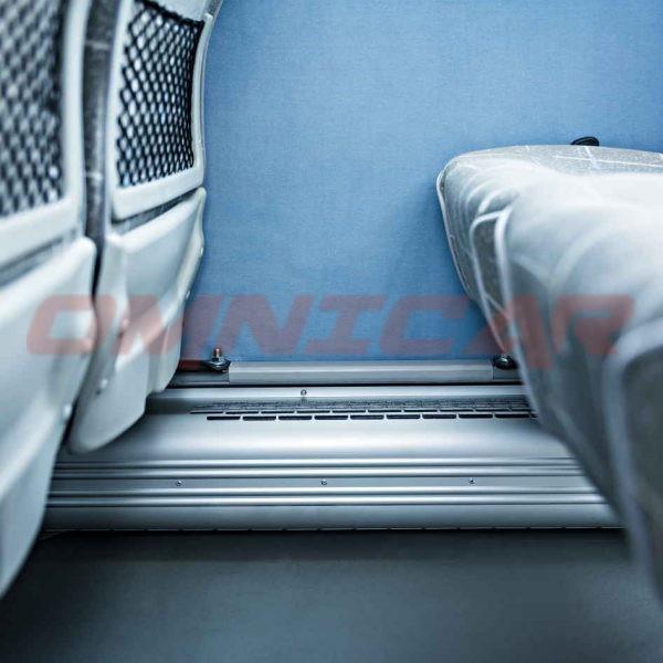 Omnicar Midibus Isuzu Turquoise Interurban 39 Fahrgästen 33+6 + fahrer