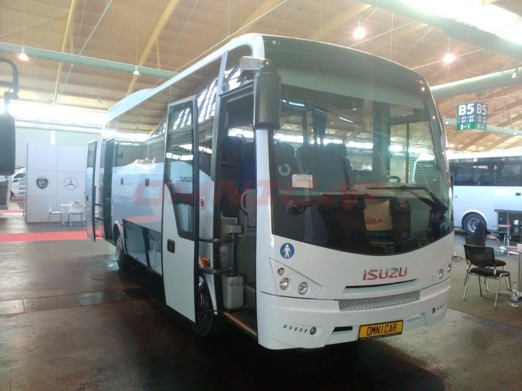 Omnicar und Isuzu Busse auf der RDA Messe in Köln 2017 - Midibusse Midibus omnicar 33 sitze Tourismus Version