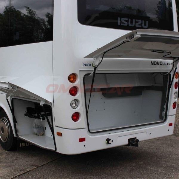 Überlandbusse Schulbusse Isuzu Novo 27 Sitze 31 Passagiere Klima Omnicar
