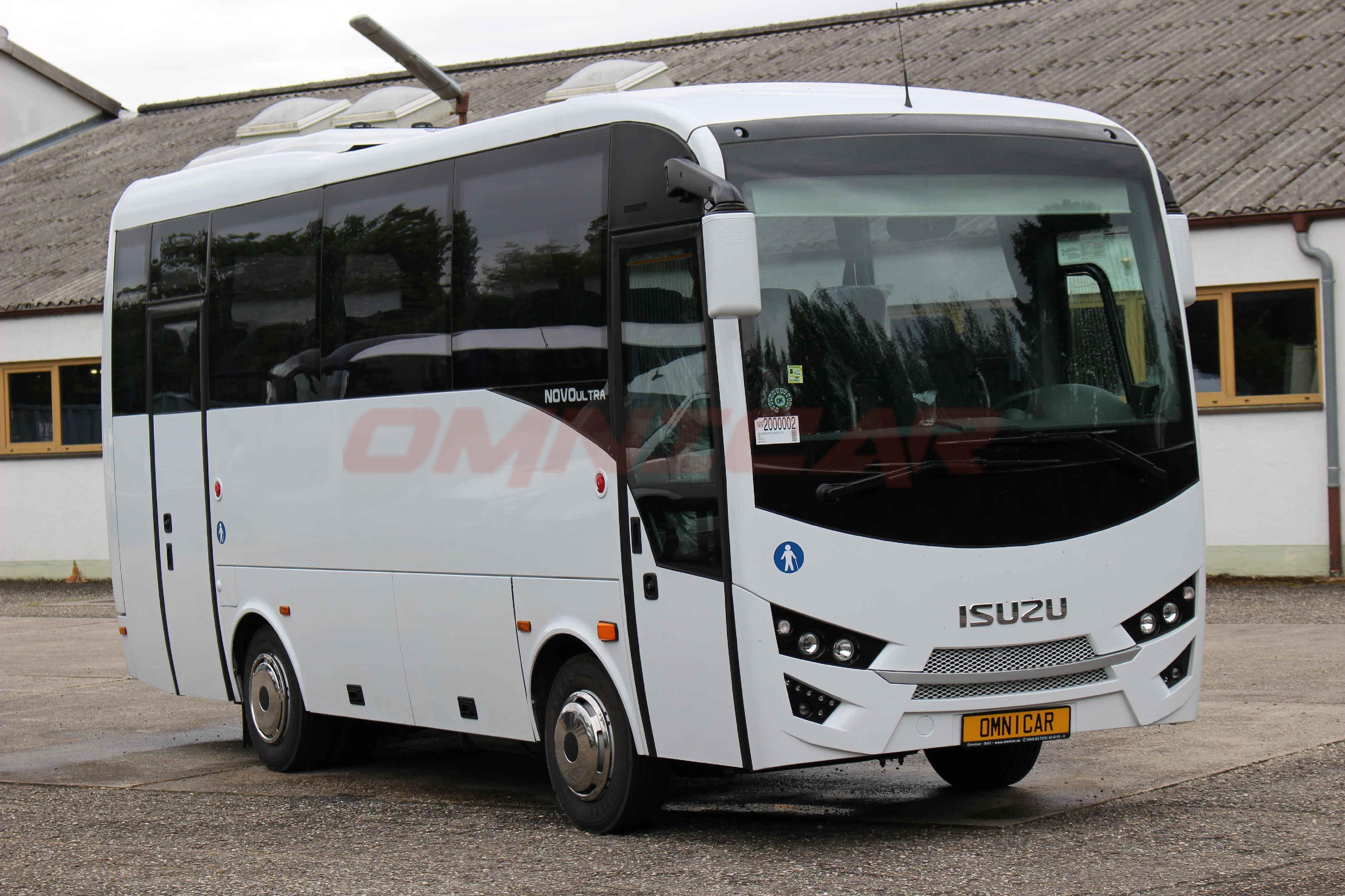 midibusse kleinbusse reisebusse isuzu novo ultra 27 plaetze 4 sterne berlandbusse schulbusse. Black Bedroom Furniture Sets. Home Design Ideas