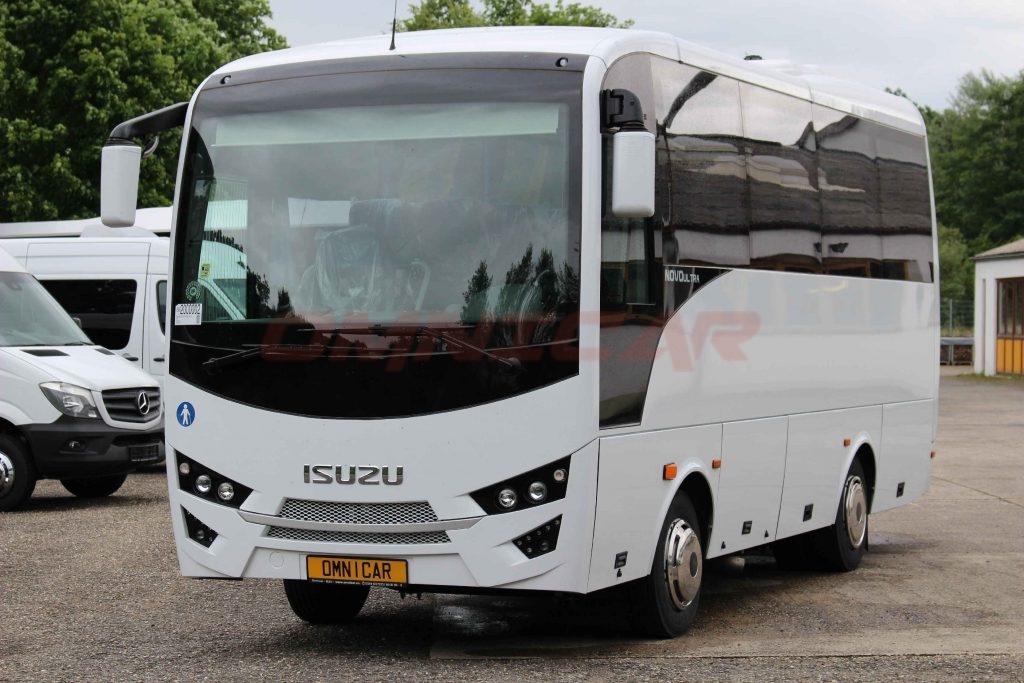 Omnicar und Isuzu Busse auf der RDA Messe in Köln 2017 - Midibusse Kleinbus Reisebus Isuzu Novo 27 Sitze 31 Passagiere