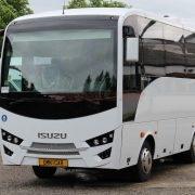 33 sitzer bus kaufen Midibusse Kleinbus Reisebus Isuzu Novo 27 Sitze 31 Passagiere Klima Omnicar