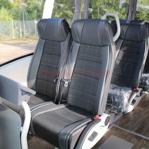 Isuzu neuer Midibus 31 Verstellbare Sitze