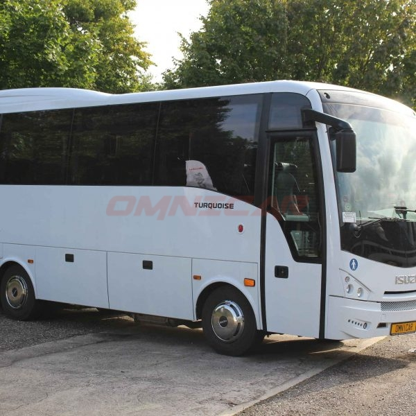 neue Midibus Isuzu 31+1 Sitzplätze