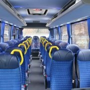 Midibusse - Minibusse kaufen günstiger 29 - 31 - 33 Verstellbare Sitze aus Velour Omnicar Isuzu